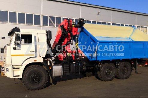 Фото: Самосвал КамАЗ 43118 с КМУ ИМ-320 с трехсторонней разгрузкой