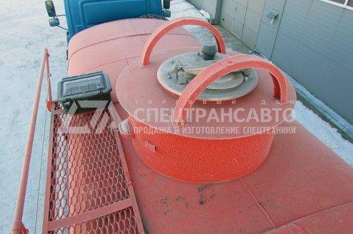 Фото: Автоцистерна АЦ-10 на шасси Урал Next 4320-6952-72Г38