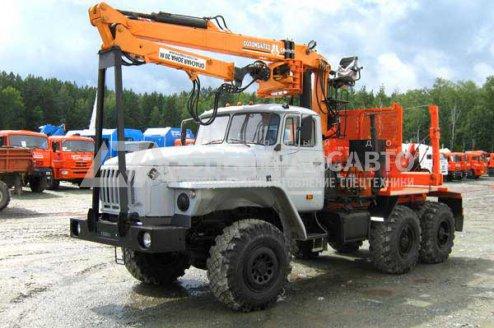 Лесовоз на шасси Урал 5557-60 с ГМ СФ-65
