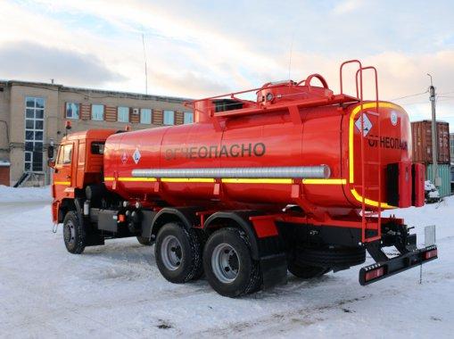 АТЗ-17 на шасси КАМАЗ 65111