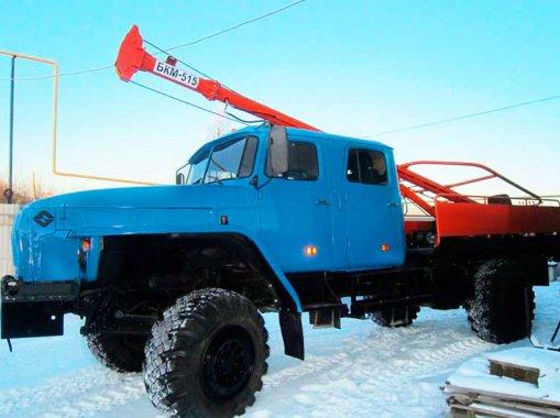 Бурильно-крановая машина БКМ-515 на шасси Урал 43206