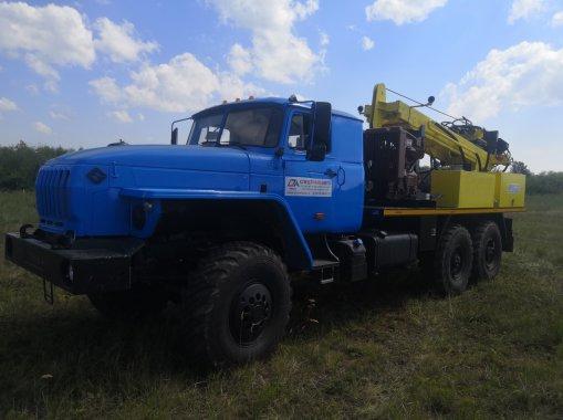 Буровая установка ПБУ на шасси УРАЛ 4320-72Е5