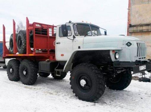 Трубоплетевоз Урал 4320