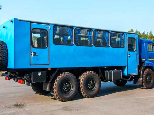 Вахтовый автобус на шасси Камаз 43118-50 (32+2 места)